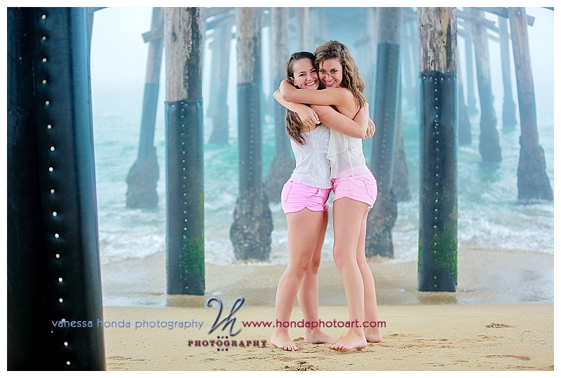 friends Senior portraits in Newport Beach_264