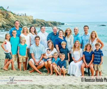 Extended Family Portraits at Wood's Cove {Laguna Beach Family Pictures}