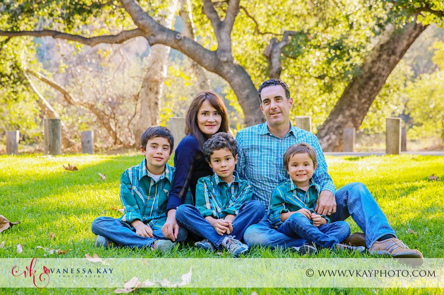 Family Portraits at Irvine Regional Park 8