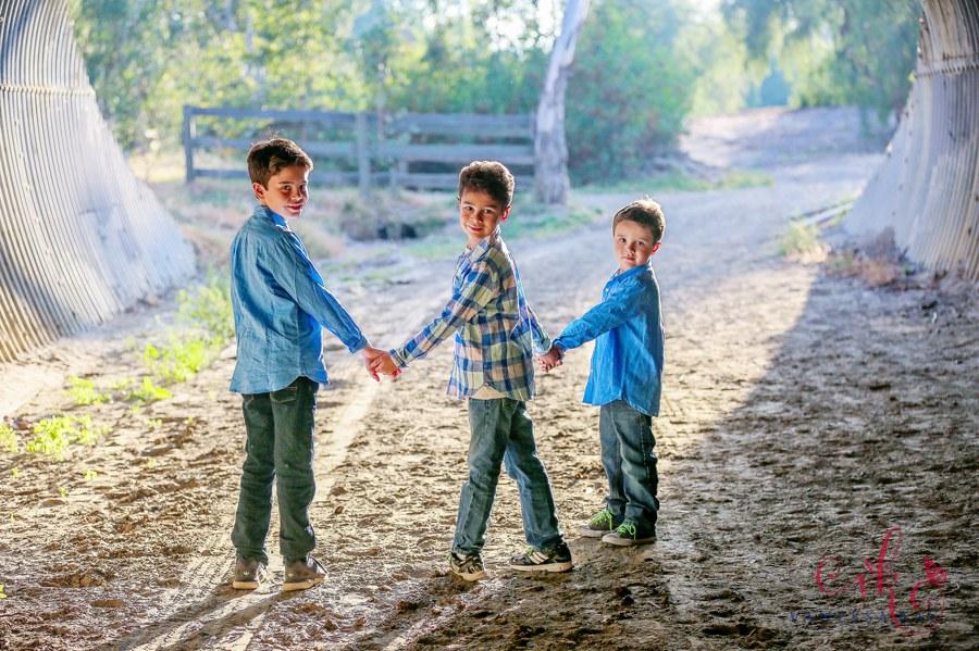 Laguna Hills Rustic Family Portraits 11