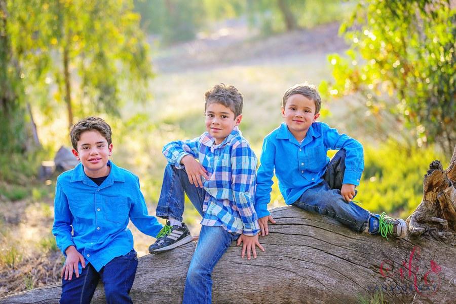 Laguna Hills Rustic Family Portraits 14
