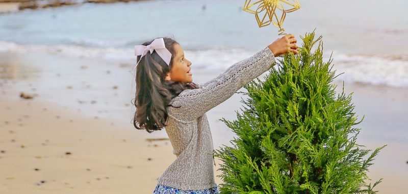 Christmas on the Beach {Orange County Family Holiday Portraits}