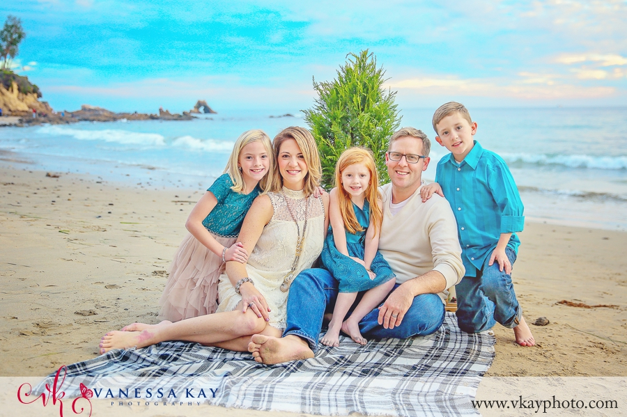 corona-del-mar-beach-family-portraits-1