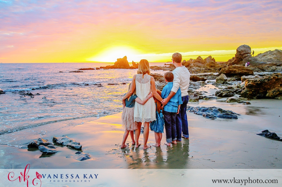 corona-del-mar-beach-family-portraits-11