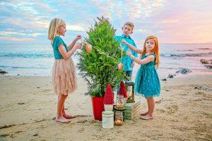 Christmas Beach Mini Sessions-0679-1106 edited clarity