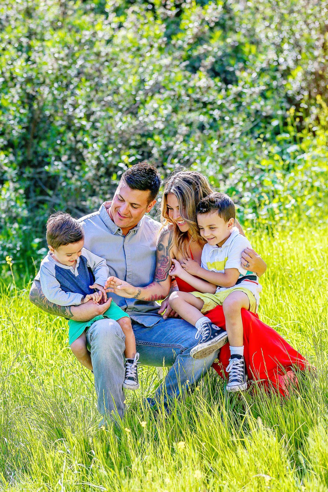 Terri's Family-3656-1384 outdoor