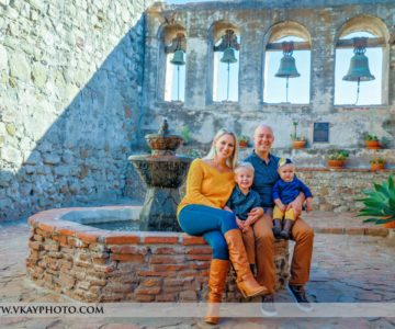 Picture Perfect Family Portraits at the Mission {San Juan Capistrano Family Pictures}